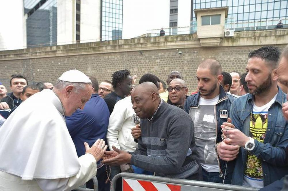 El Papa y la criminalidad organizada: la invectiva y la misericordia
