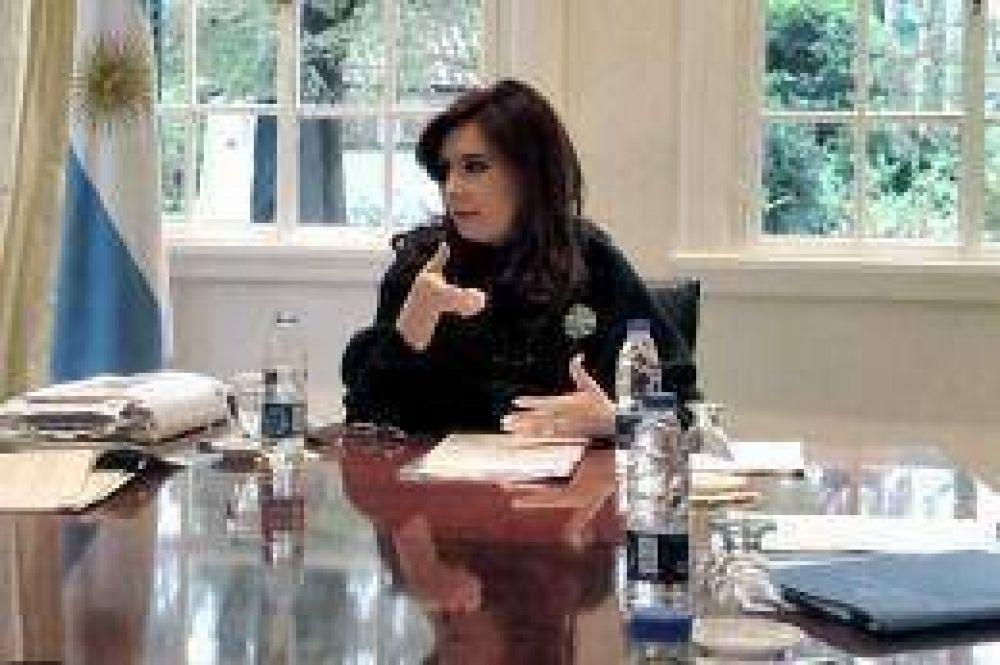 Cristina recibió al secretario de Obras Públicas y al titular del Banco Nación