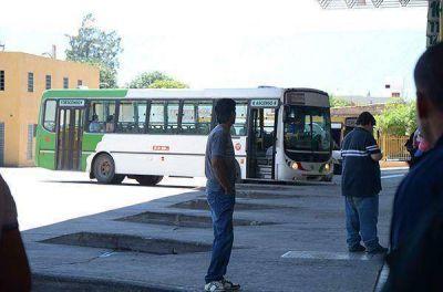 Catamarca se adhiere al paro de transporte nacional