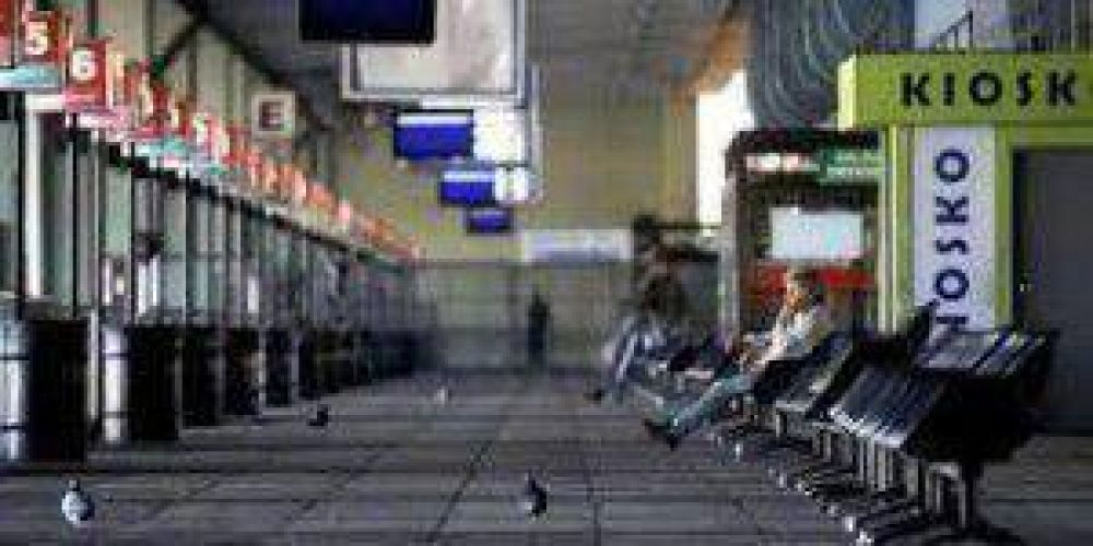 El martes 31 habrá paro de transportistas, bancarios y camioneros