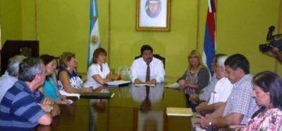 El Gobernador anunció que los jubilados docentes tendrán dos aumentos