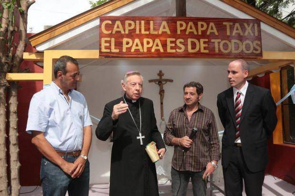 Mons. Aguer bendijo una capilla en el Sindicato de Peones de Taxis platense