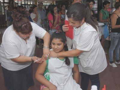 Promueven la vacunaci�n