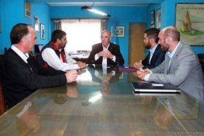 El intendente  Williams recibi� proyecto t�cnico