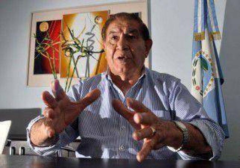 """Petroleros negocian un """"acuerdo puente"""" de 18.000 pesos"""