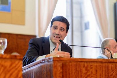 """""""Se ha utilizado a Castellucci para dañar la imagen del partido"""""""