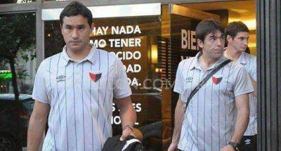 Con equipo casi definido, Colón viaja a Rosario