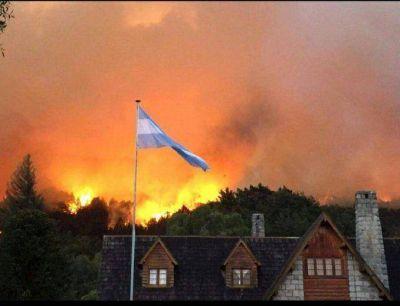 M�s de un centenar de brigadistas llegan a Chubut para combatir los incendios