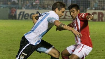 Instituto perdió ante Atlético Tucumán