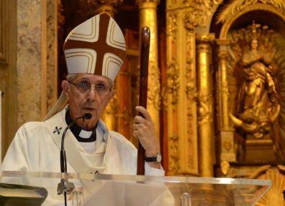 El cardenal Poli pidió que toda concepción pueda llegar a su término
