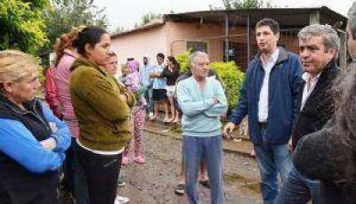 Cano prometi� un puente de emergencia para Lules