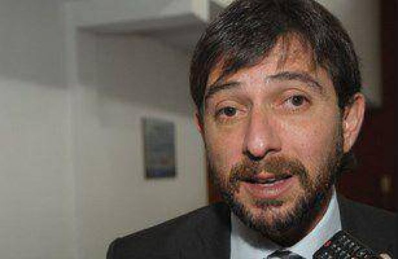 """Costello: """"El reclamo de UTA le compete al Gobierno Nacional"""""""
