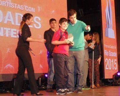 Rubinos participó de premiación a deportistas