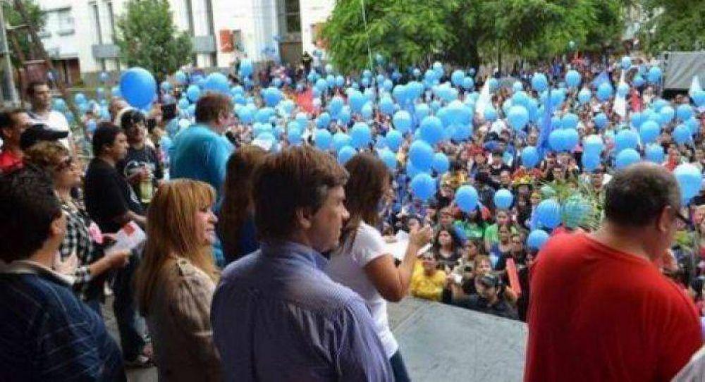 Ayala entregó llaves de la ciudad a religiosos