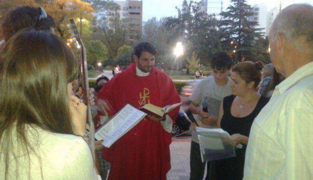 Celebraron el Domingo de Ramos en la Iglesia del Carmen