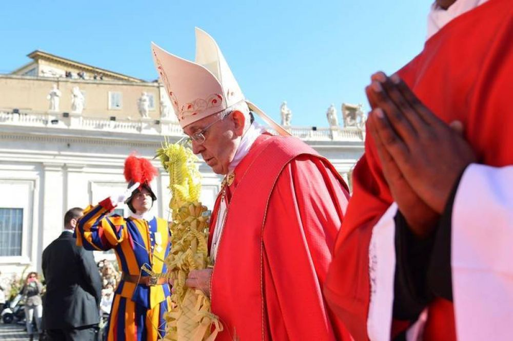 «Humillación y no mundanidad, el camino de los cristianos»