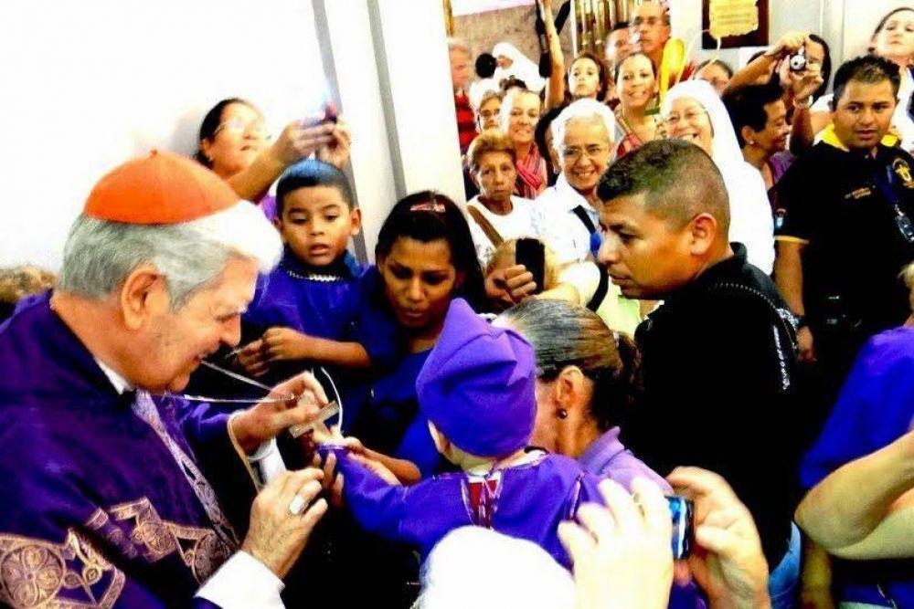 """Venezuela: Cardenal Urosa pide ser """"generosos"""" con cristianos """"en grave necesidad"""""""