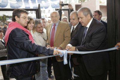 Inauguraron obras de Asociación Bancaria