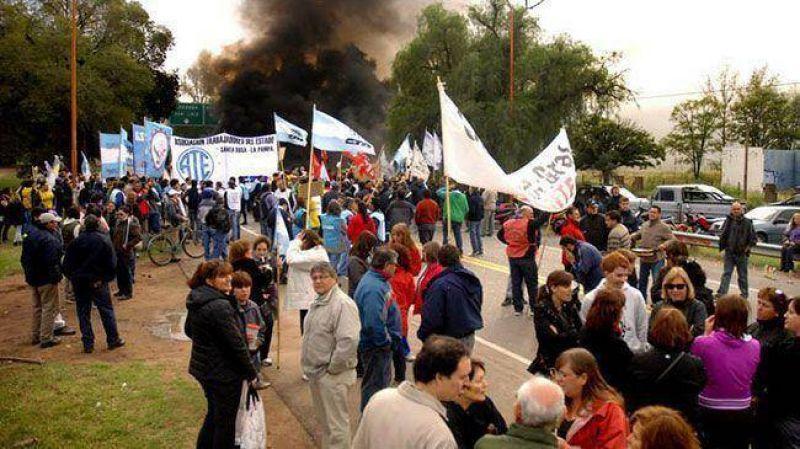 """ATE, Judiciales y Luz Fuerza La Pampa y la agrupación """"Fuentealba"""" van al paro"""