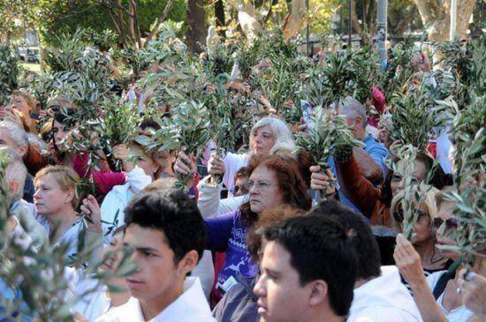 El Domingo de Ramos reunió a una multitud de fieles en la Catedral