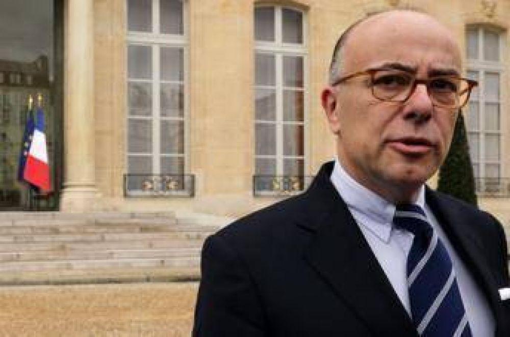 Ministro del Interior de Francia condena la agresión contra una musulmana