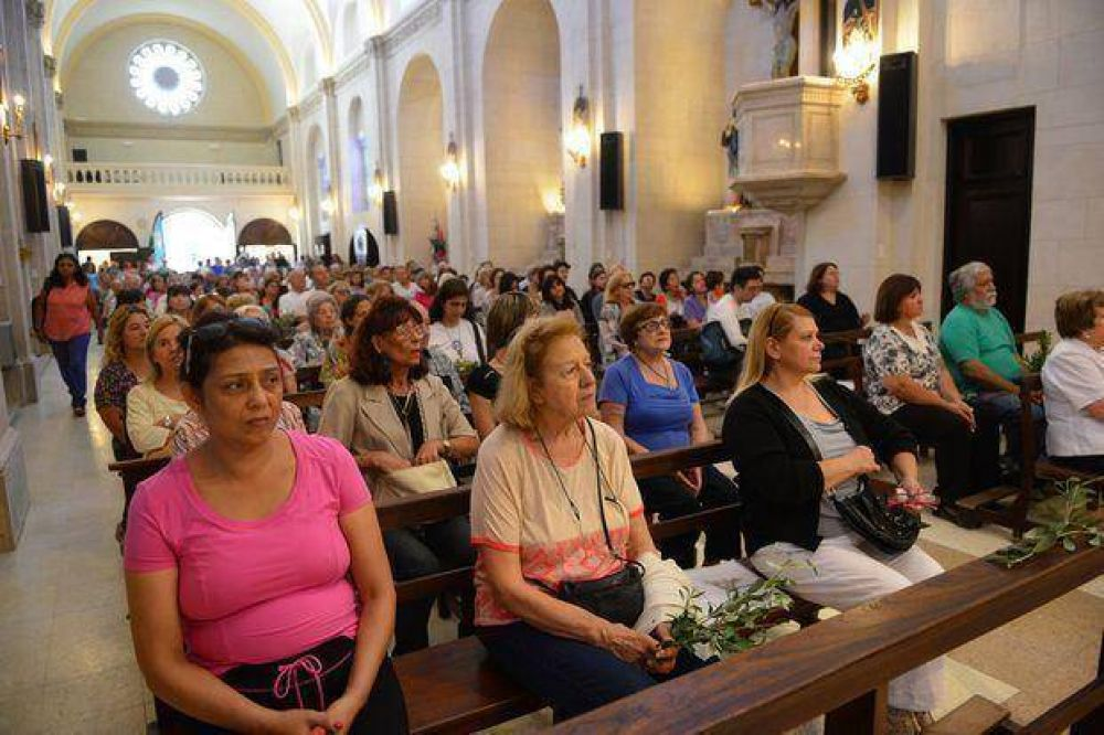Emoción en la reapertura de la parroquia San Francisco de Asis
