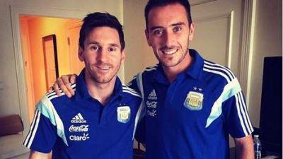 Le dio la bienvenida Fotos Messi le dio la bienvenida a Mancuello