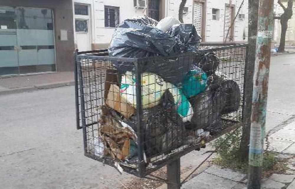 Comenzó el paro en la ciudad sin transporte ni recolección de residuos