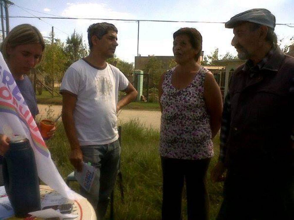 Frente Popular: De Gennaro juntó a sus militantes en 500 plazas del país; en Chascomús lo hicieron en la plaza de La Barraca