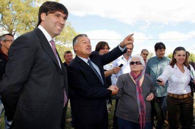 Diego Bossio visitó al Intendente Alberto Gelene en Las Flores