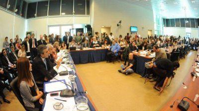 En Diputados, Randazzo defendió la reestatización de los trenes