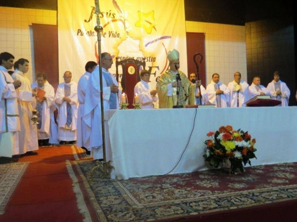 Misa Crismal: bendición de óleos y renovación de fe