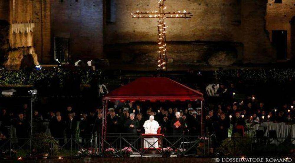 Estas son las meditaciones del Vía Crucis que presidirá el Papa en Viernes Santo
