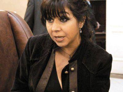 En una escandalosa sesión Gallardo no alcanzó las bolillas blancas necesarias para ser jueza de la Corte