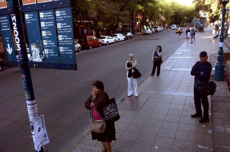 Sin colectivos, la actividad general tambi�n se derrumb� en Mendoza