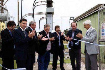 Inauguraron dos obras de energía eléctrica en el distrito de Coronel Suárez