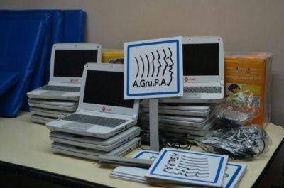 El Centro Articulador de Políticas Sanitarias entregó equipamiento a A.GRU.PA