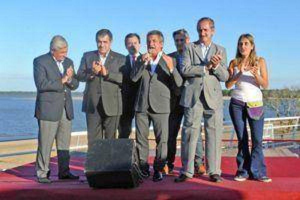 El Gobernador y la Presidente inauguraron la Isla del Puerto en Concepción del Uruguay