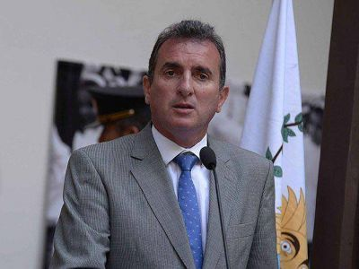 El gobernador responsabiliz� al Naci�n por las demoras en el pago a los estatales
