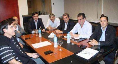 El ministro Décima acordó protocolos de trabajo con prestadoras de salud