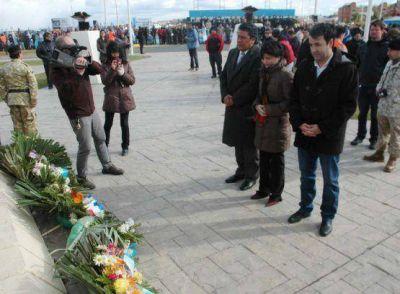 Ediles participaron de los actos conmemorativos por el 2 de Abril