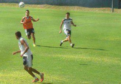 Quilmes hizo f�tbol formal y el equipo tuvo nuevas variantes de cara al domingo