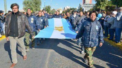 """El """"orgullo malvinero"""" se palpitó ayer en las calles de una ciudad que vivió la guerra"""