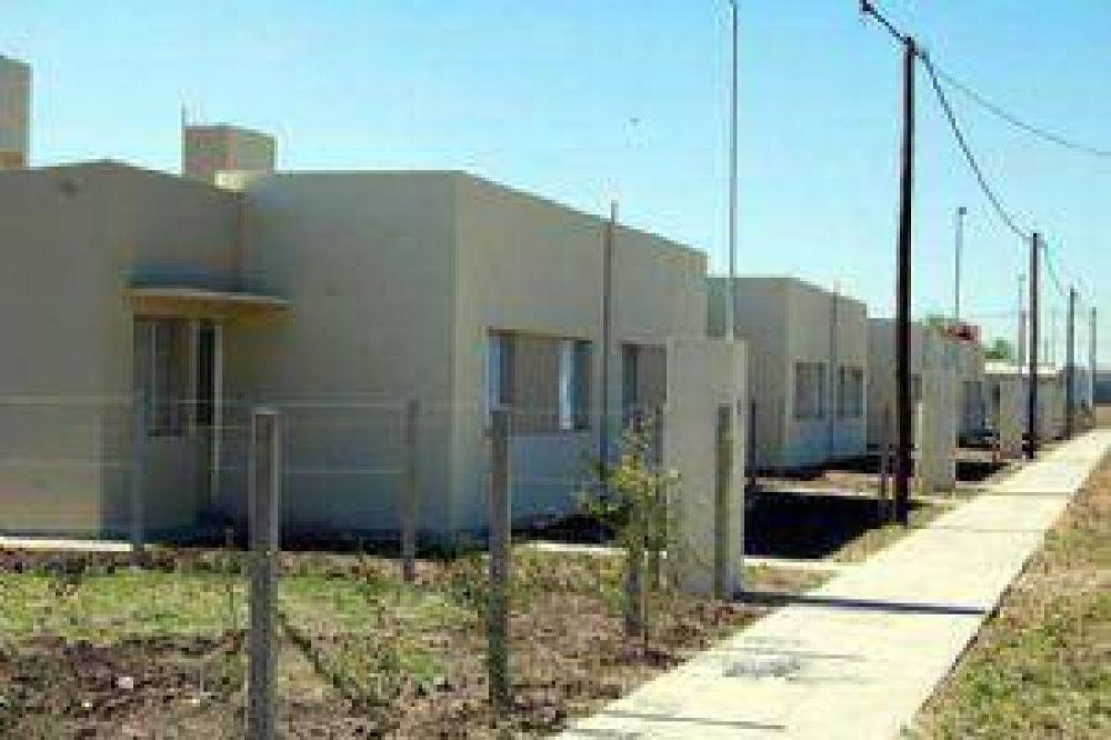 El IPV volvió a entregar viviendas para familias de Capital