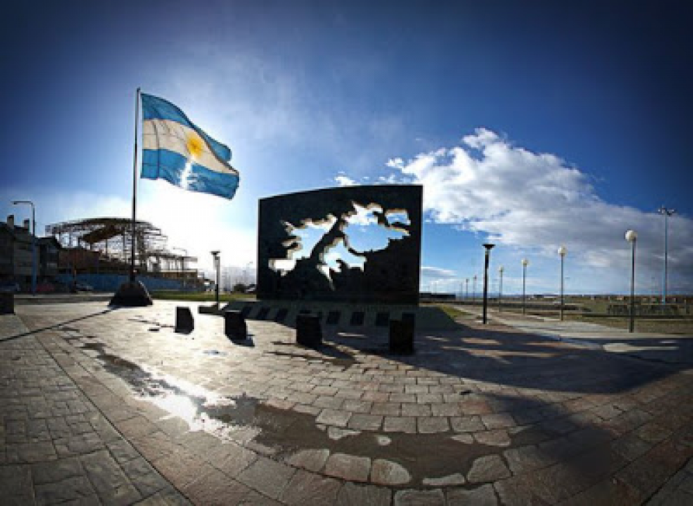 Malvinas: un arzobispo destacó el coraje de los ex combatienes