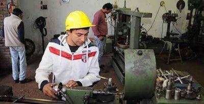 Una cooperativa metalúrgica crece gracias a la asistencia del gobierno provincial
