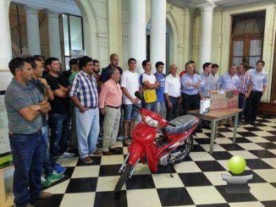 ARRANCA EL TORNEO DE PRIMERA. FUE PRESENTADO OFICIALMENTE JUNTO CON EL ANUNCIO DE LAS NOVEDADES 2015 DE LA LIGA