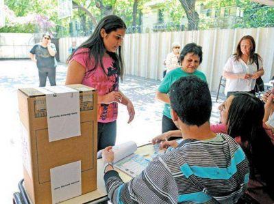 Elecciones 2015: son once las provincias que desdoblaron los comicios