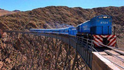 Volvió a operar el Tren de las Nubes en Salta