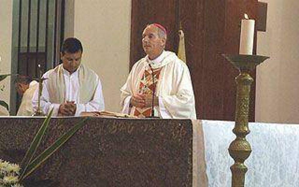 El Obispo cerró Semana Santa con una misa en la Catedral